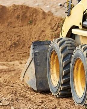 Kézi földmunka - gépi földmunka